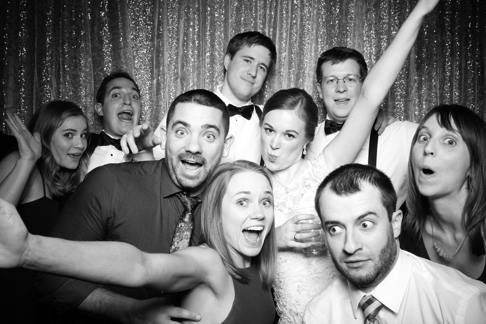 Chicago_Vintage_Wedding_Photobooth_Cog_Hill_Country_Club_Lemont_22.jpg