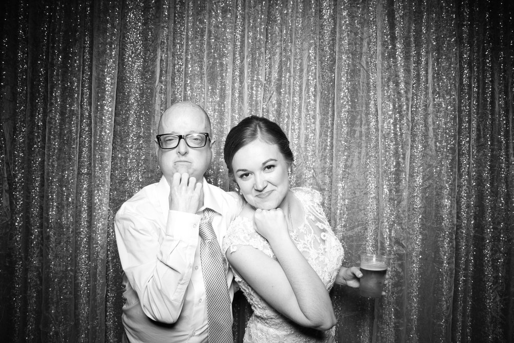 Chicago_Vintage_Wedding_Photobooth_Cog_Hill_Country_Club_Lemont_35.jpg