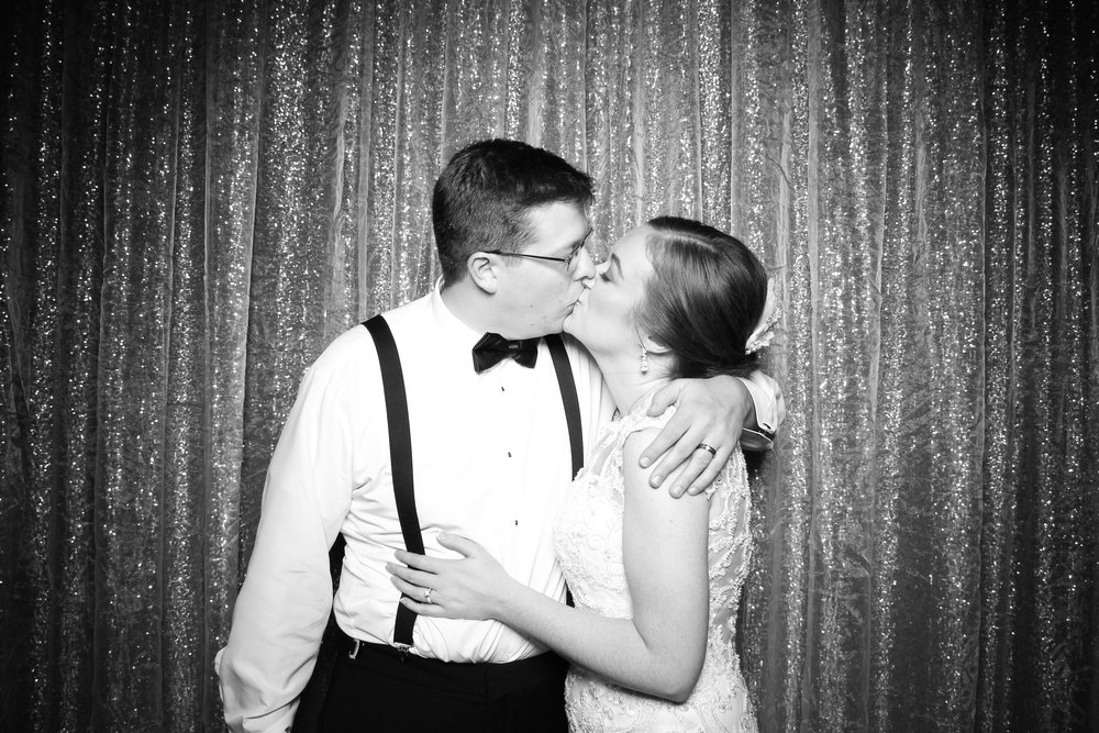 Chicago_Vintage_Wedding_Photobooth_Cog_Hill_Country_Club_Lemont_38.jpg