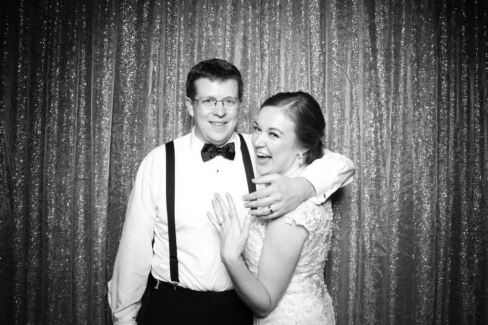 Chicago_Vintage_Wedding_Photobooth_Cog_Hill_Country_Club_Lemont_39.jpg