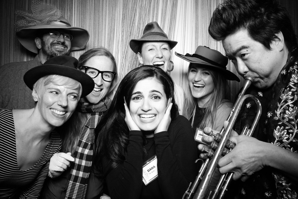 Chicago_Vintage_Photobooth_Holiday_Party_Wit_Hotel_07.jpg
