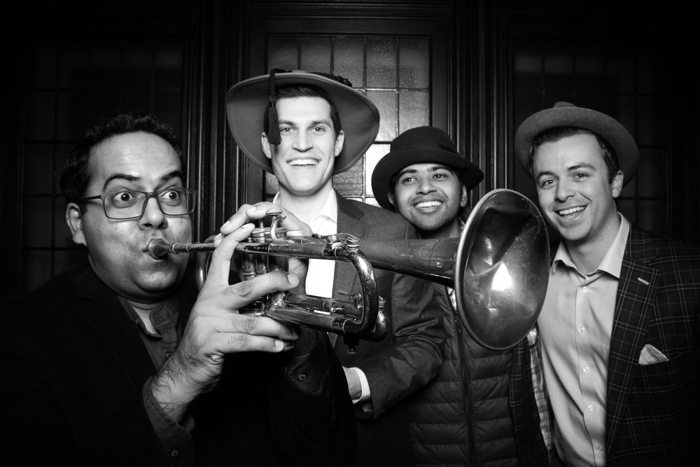 Chicago_Vintage_Photobooth_Holiday_Party_University_Club_02.jpg