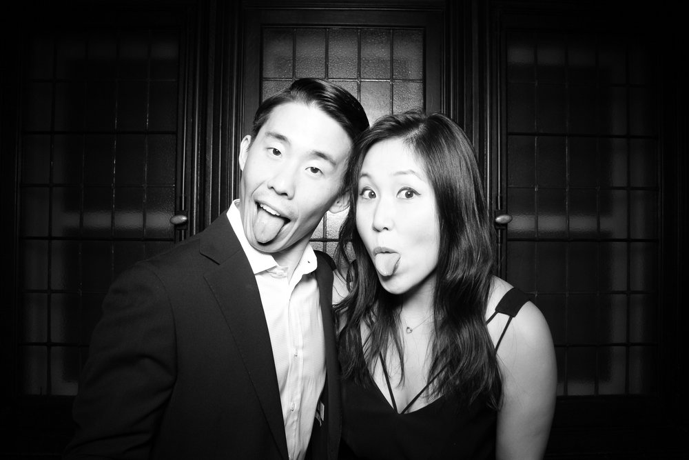Chicago_Vintage_Photobooth_Holiday_Party_University_Club_27.jpg
