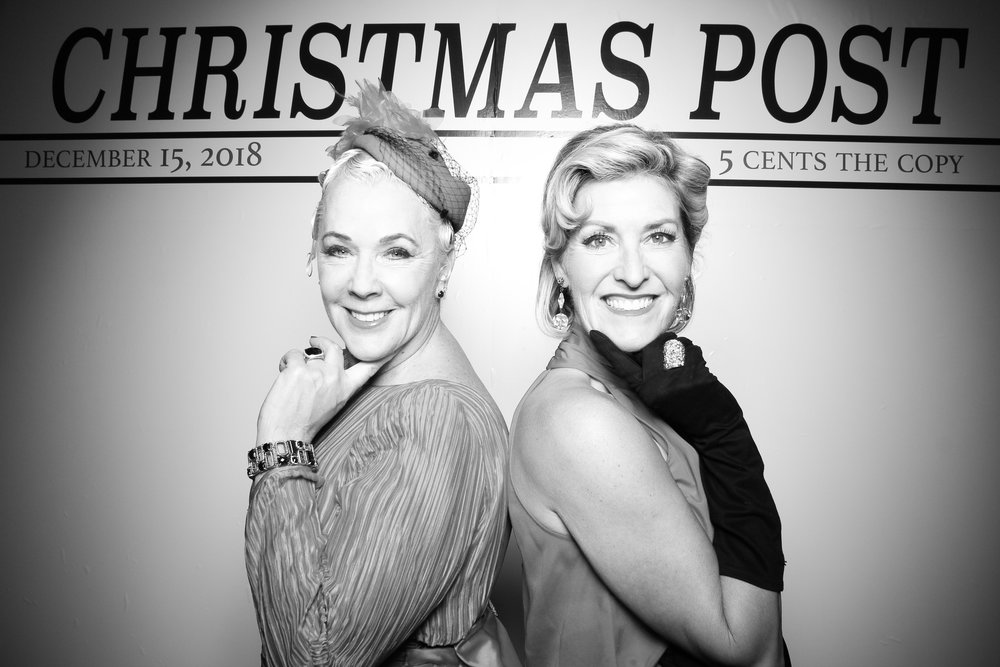 Chicago_Vintage_Photobooth_Rockwell_Holiday_Party_10.jpg