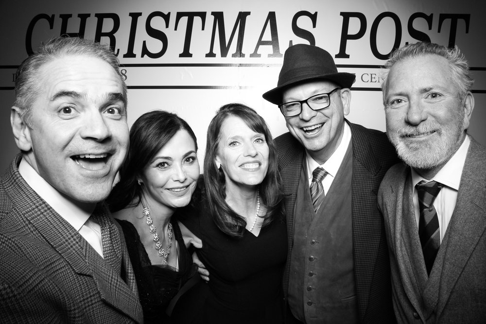 Chicago_Vintage_Photobooth_Rockwell_Holiday_Party_21.jpg