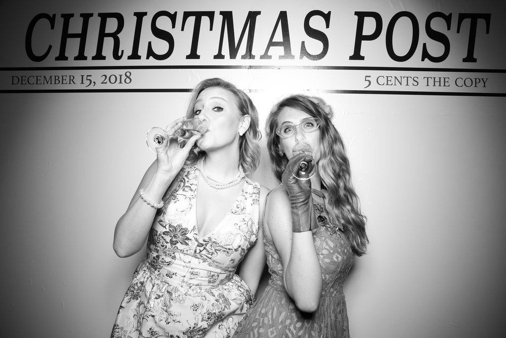 Chicago_Vintage_Photobooth_Rockwell_Holiday_Party_23.jpg