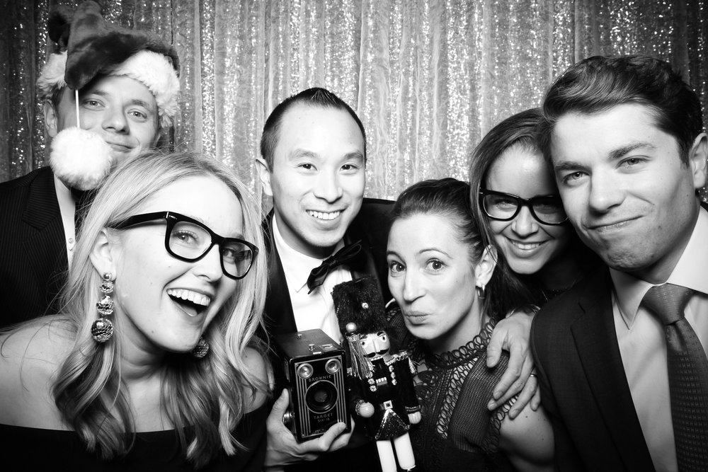 Chicago_Vintage_Photobooth_Montgomery_Club_Holiday_Party_15.jpg