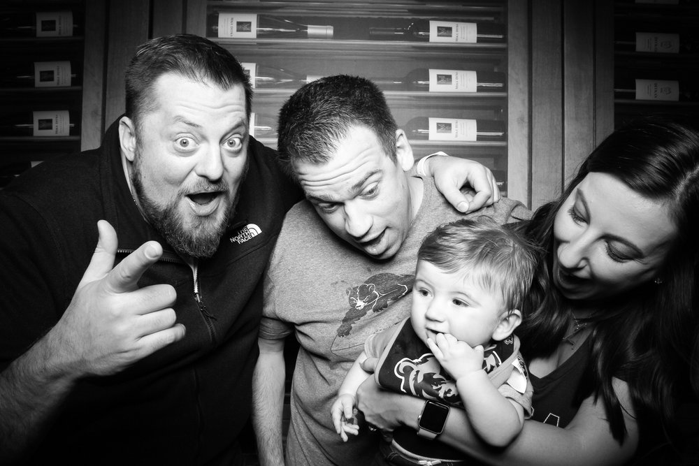 Chicago_Vintage_Photobooth_Ditkas_Birthday_Party_06.jpg