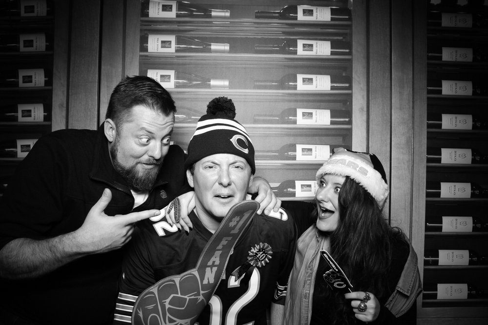Chicago_Vintage_Photobooth_Ditkas_Birthday_Party_18.jpg