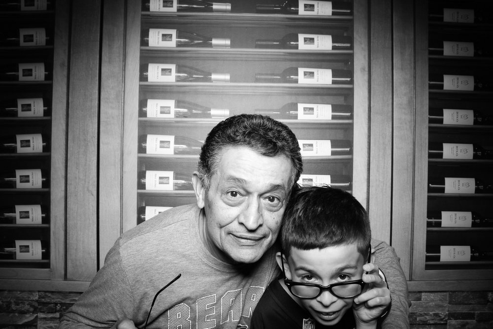 Chicago_Vintage_Photobooth_Ditkas_Birthday_Party_23.jpg