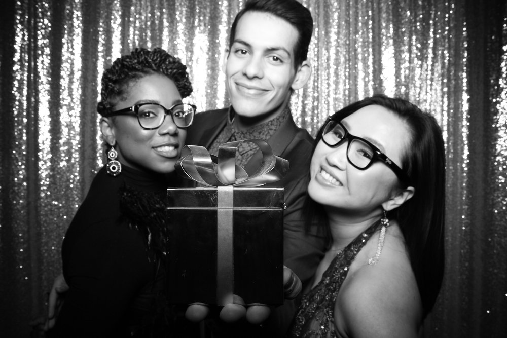 BLVD_Chicago_Corporate_Holiday_Party_Private_Event_Photo_Booth_015.jpg