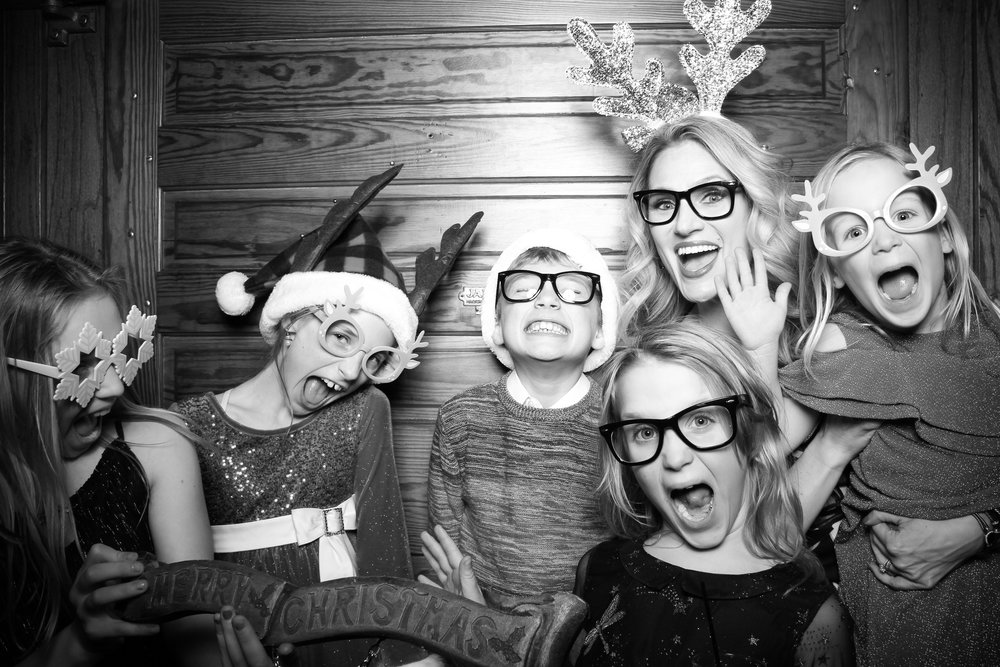 Erie_Cafe_Chicago_Photo_Booth_Holiday_Party_004.jpg