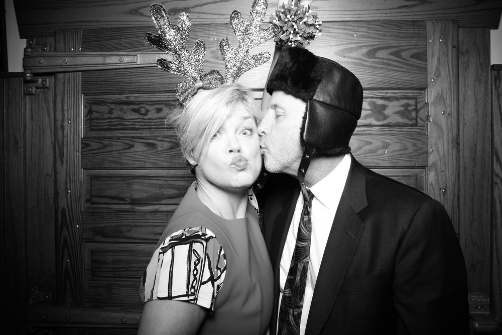 Erie_Cafe_Chicago_Photo_Booth_Holiday_Party_005.jpg