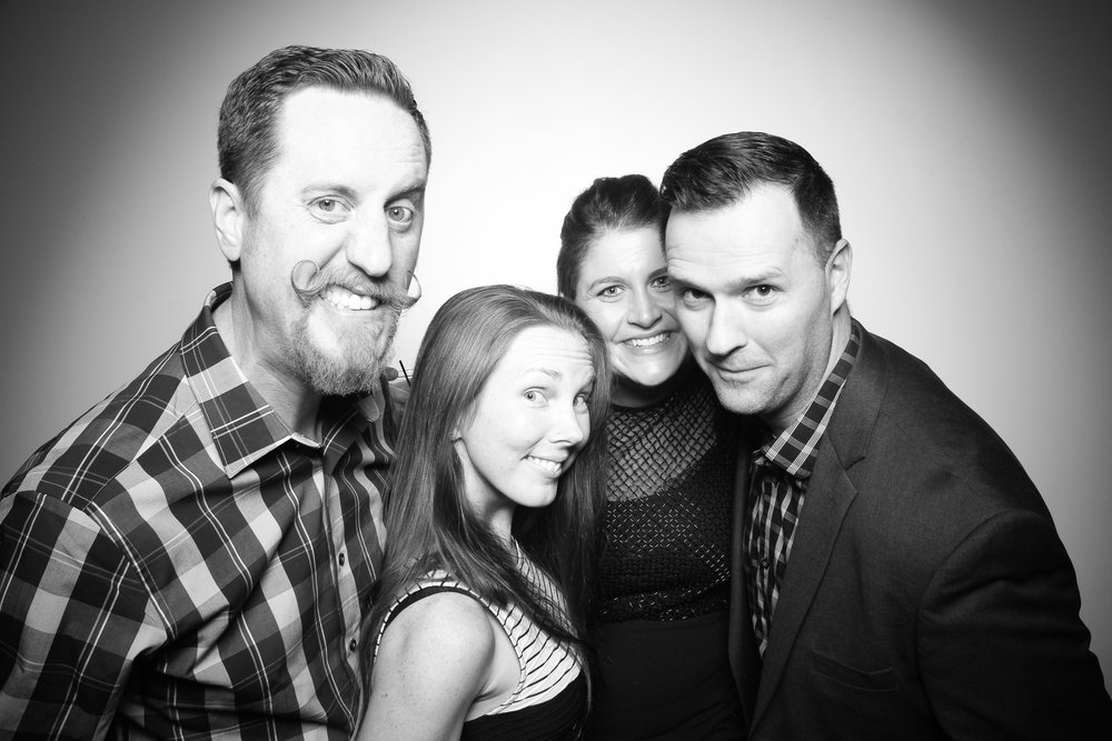 The_Lakewood_Chicago_Event_40th_Birthday_Party_Photo_Booth__18.jpg