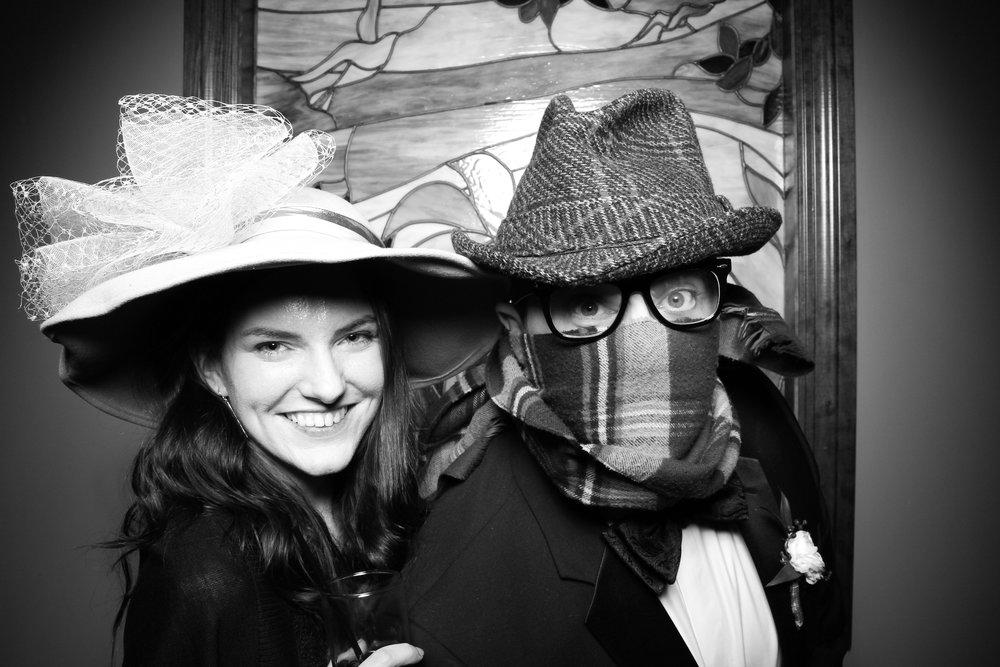 Mrs_Murphys_Wedding_Irish_Bistro_Chicago_Reception_Photo_Booth__15.jpg