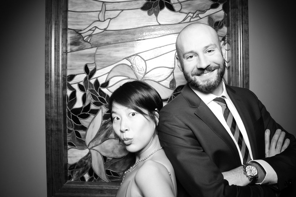 Mrs_Murphys_Wedding_Irish_Bistro_Chicago_Reception_Photo_Booth__16.jpg