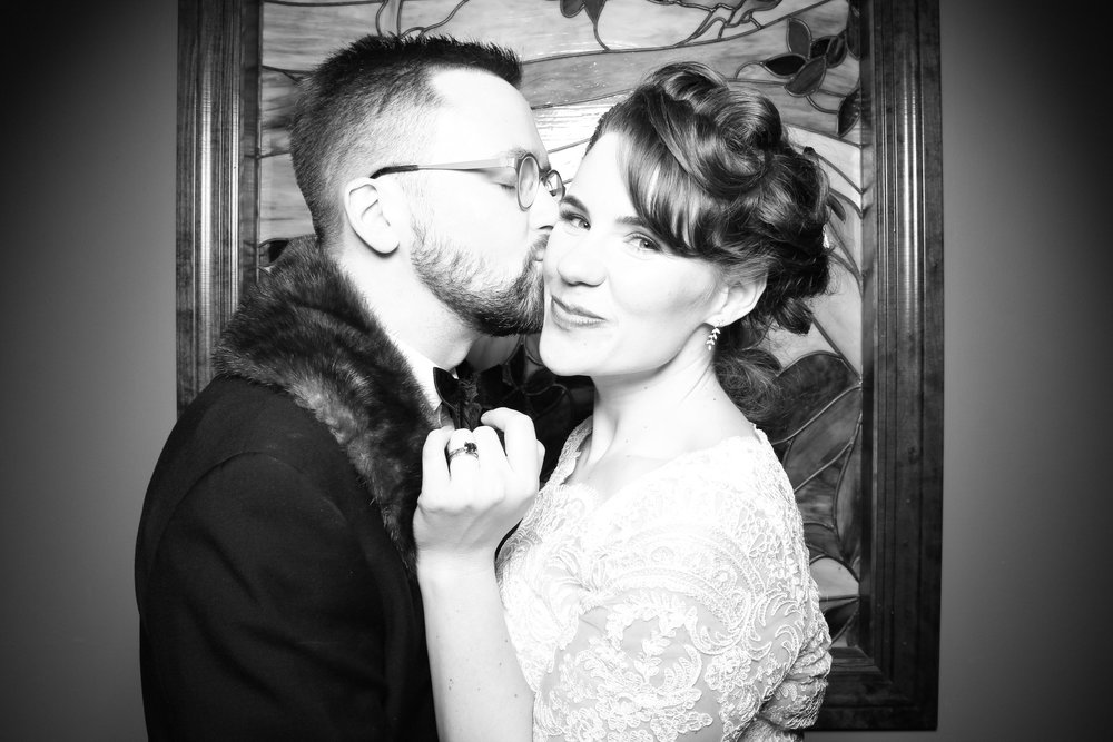 Mrs_Murphys_Wedding_Irish_Bistro_Chicago_Reception_Photo_Booth__19.jpg