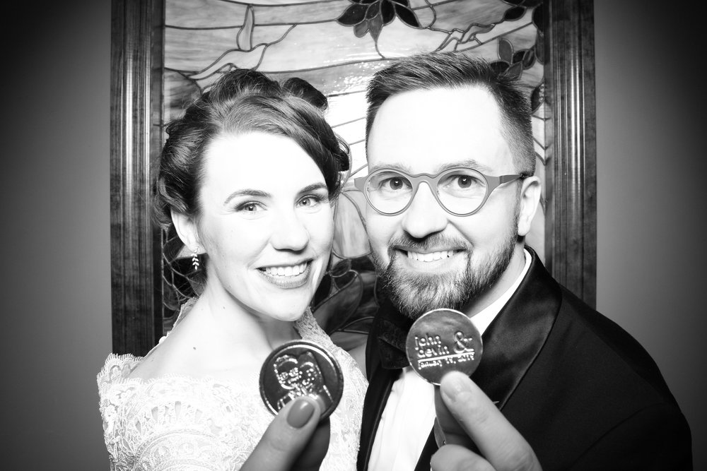 Mrs_Murphys_Wedding_Irish_Bistro_Chicago_Reception_Photo_Booth__24.jpg