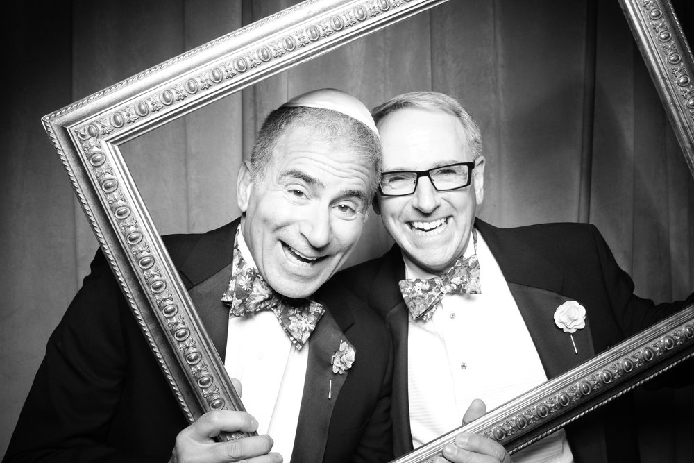 Chicago_Vintage_Wedding_Photobooth_Four_Seasons_08.jpg