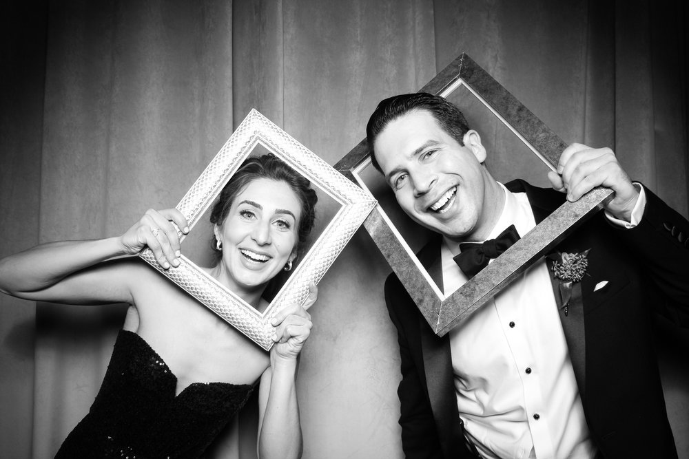 Chicago_Vintage_Wedding_Photobooth_Four_Seasons_06.jpg