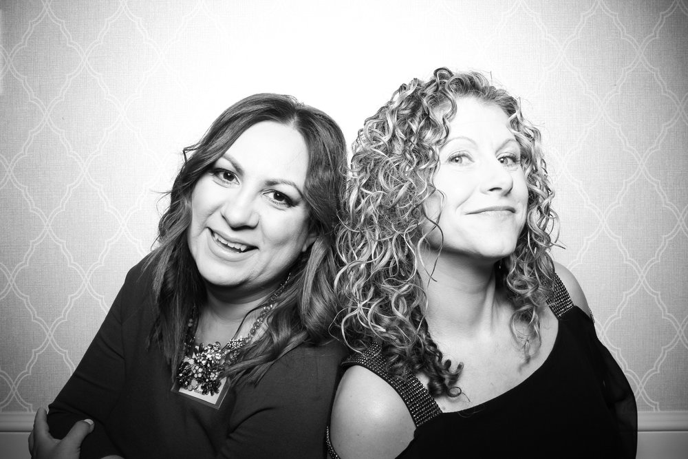 Chicago_Vintage_Wedding_Photobooth_Drake_Hotel_01.jpg