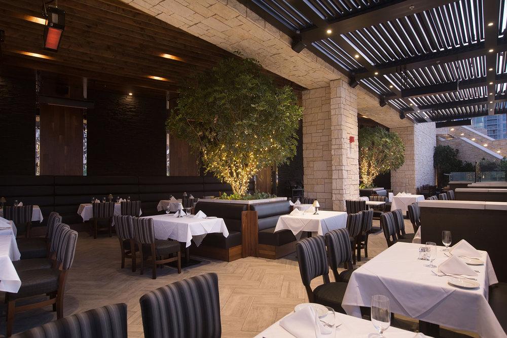 107_Larsons Steakhouse.jpg