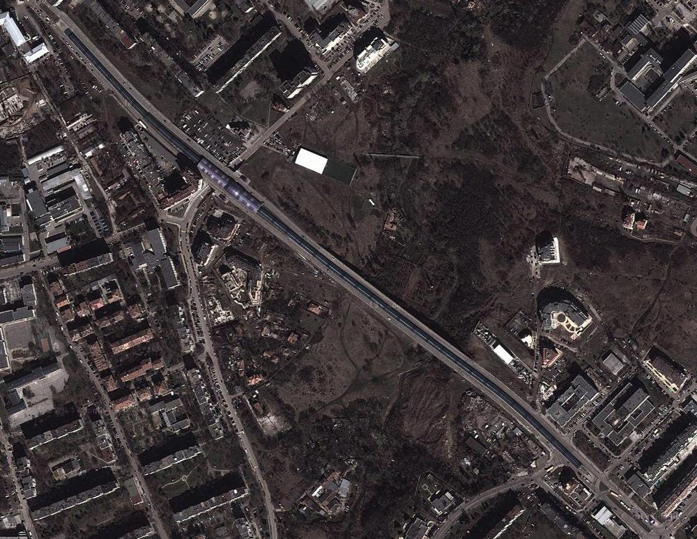 """Новите градски """"червеи"""" отрязват територии като стена."""