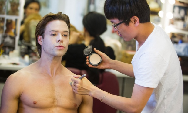 Makeup artist Jin Ho Kang begins Golding's transformation for The Dream