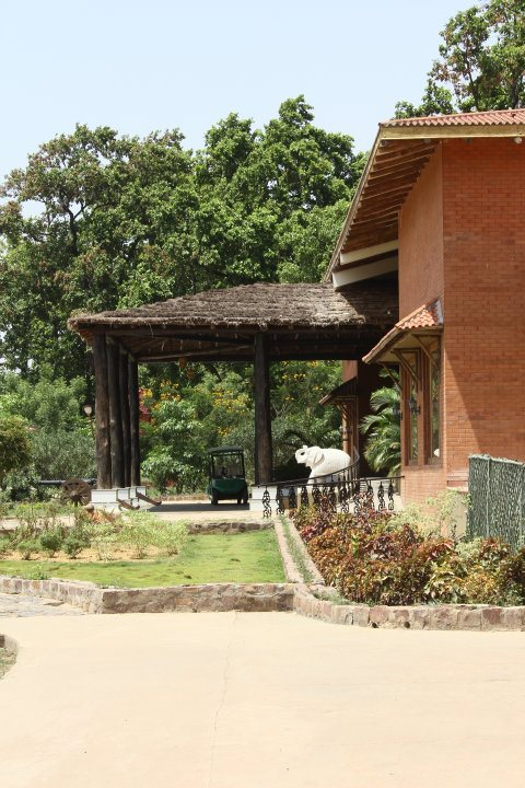 3 entrance1.jpg