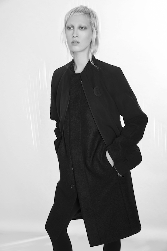 Love_is_stronger_Esther_Perbandt_Black_Jacket_Long_coat_bomber_photo_birgit_kaulfuss.jpg