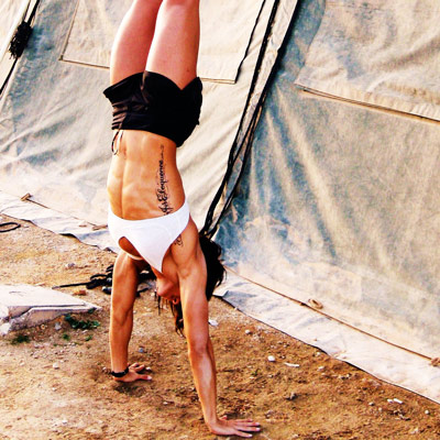 handstand_girl11.jpg