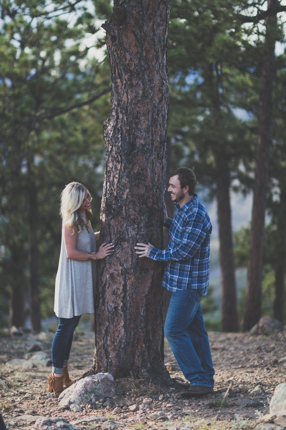 Logan_Brittany Engagement-16.jpg