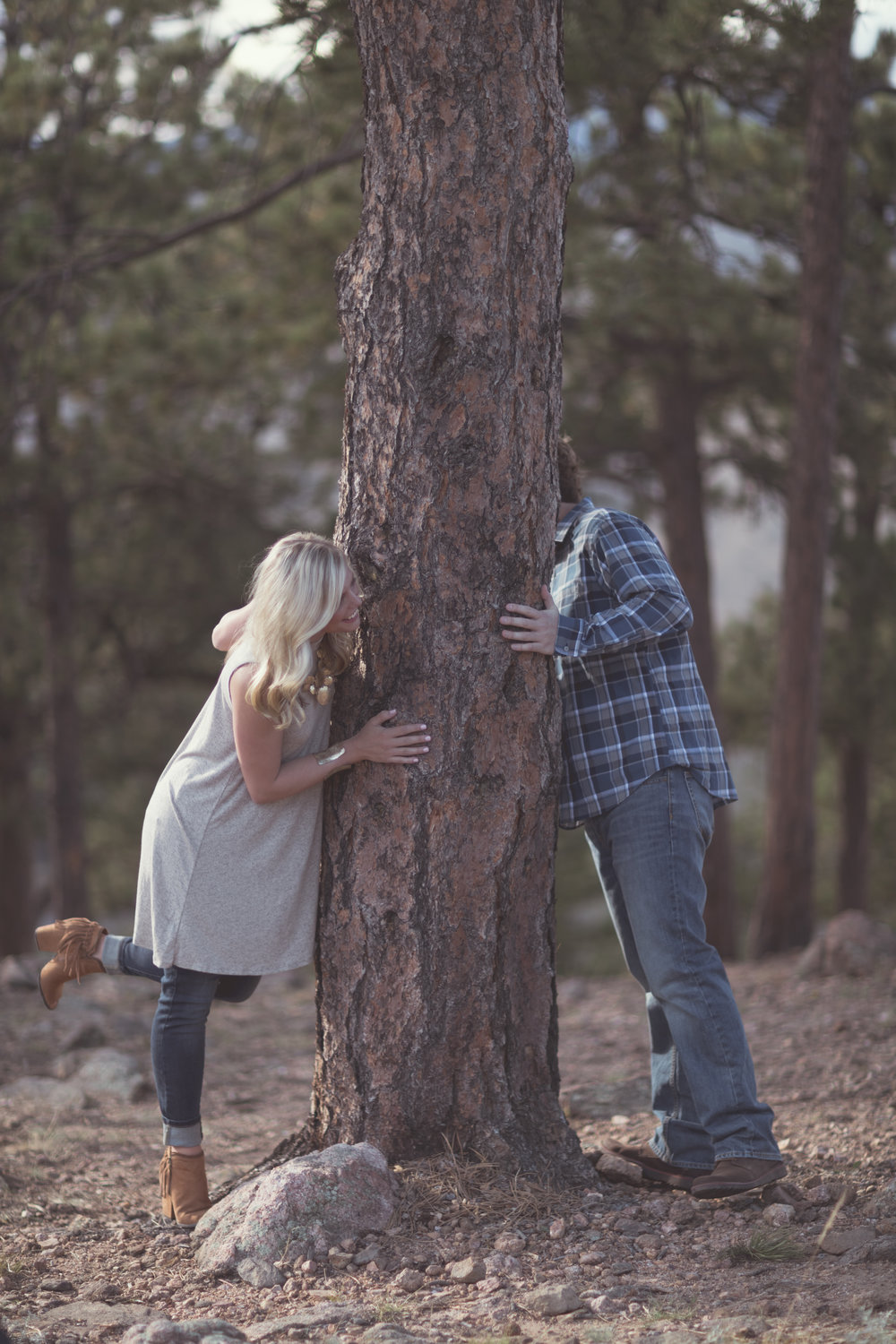 Logan_Brittany Engagement-17.jpg