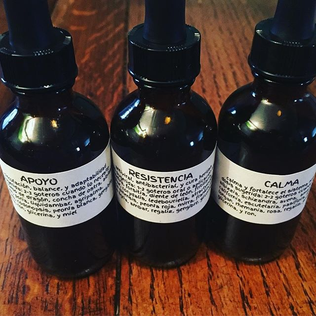 Thanks to all of your support in our fundraising efforts for post-hurricane Maria Puerto Rico, Shift Acupuncture Collective member @mariajosemontijo was able to take 300 bottles of herbal medicine to the island. Apoyo for PTSD or as we prefer to call it PTSG(post traumatic stress growth), Calma for calming the mind, reducing anxiety and stress, and Resistencia for building a strong immune system and healing wounds. Thank you to all that helped make it happen, our ACTCM teacher Paz Vizcarra for sharing her expertise and vitamix, @fiveflavorsherbs for the bottles, @jackiisoooh, @capybara_pics and @rosiquinonesflores for the help bottling, and @burgosnanette for last minute packing magic. Community medicine from the Bay Area community to the Puerto Rican grass-roots community with lots of love! Stay tuned for more on this story....