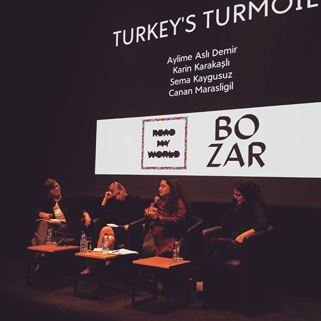 Nous avons parlé de littérature, de créativité et d'imaginaire avec trois écrivaines de Turquie, un pays complexe et qui mérite que nous y prêtions attention au-delà des clichés et des titres de nouvelles accablantes. Sans jamais renier cette réalité difficile, nous avons créé un espace d'échange et d'expression libre. Merci @bozarbrussels et @readmyworld