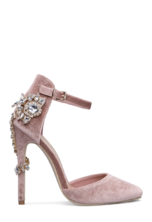 Valerie Embellished Back Pump VIP Member Price ($39.95)    PHOTOS: Courtesy of ShoeDazzle