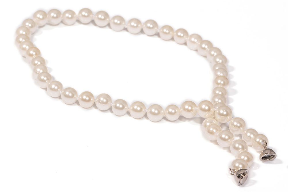 White_Shell_Pearl_Necklace_web2.jpg