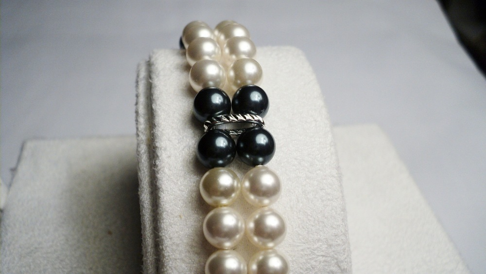 Cream and Tahitian Swarovski Glass Pearl Bracelet2.jpg