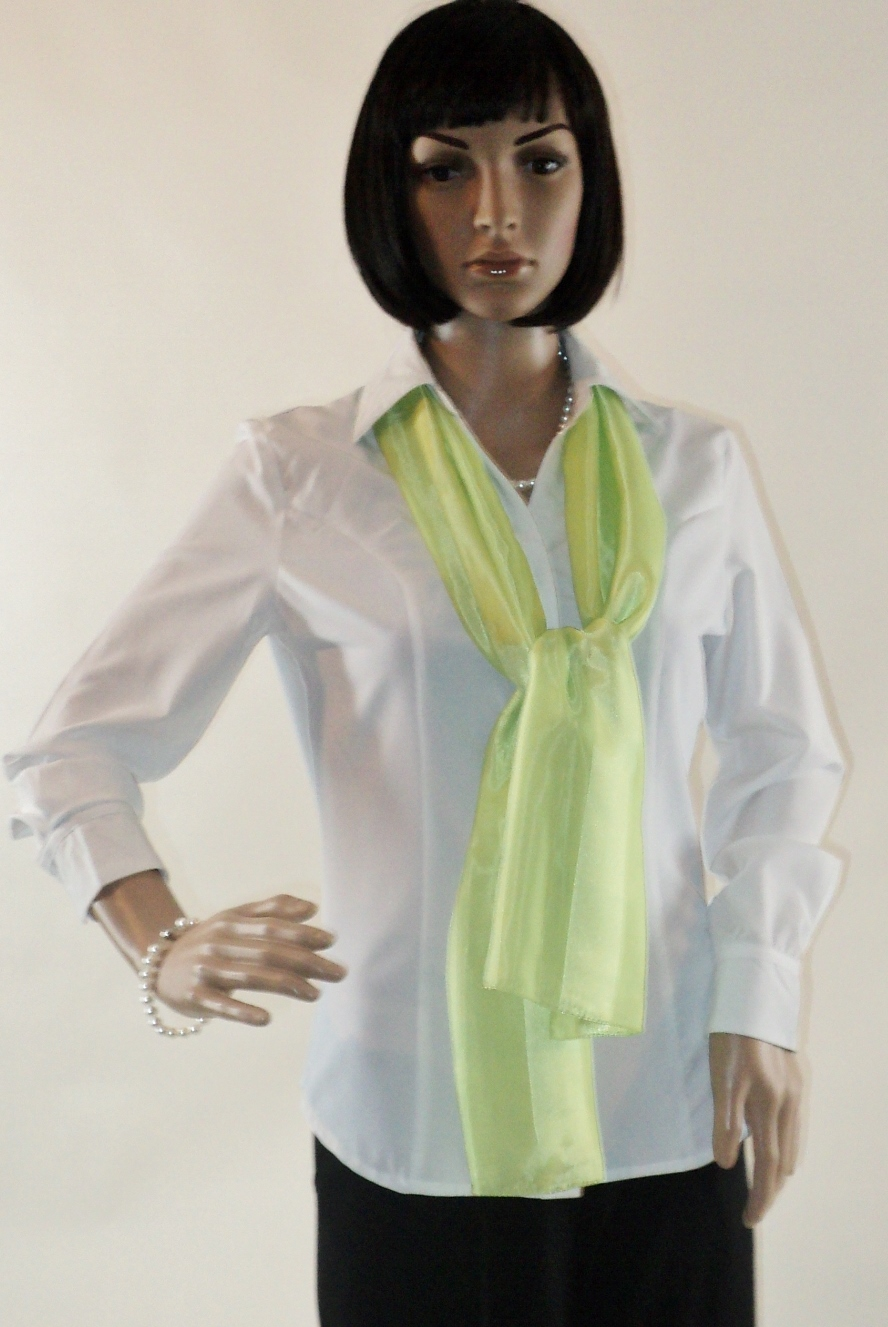 Zarina_White_Front_scarf2.jpg