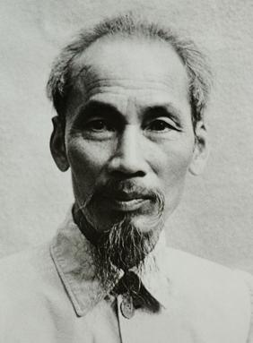 1. Ho_Chi_Minh_1946.jpg