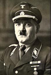 Julius Schreck, one of Hitler's many doppelgangers.