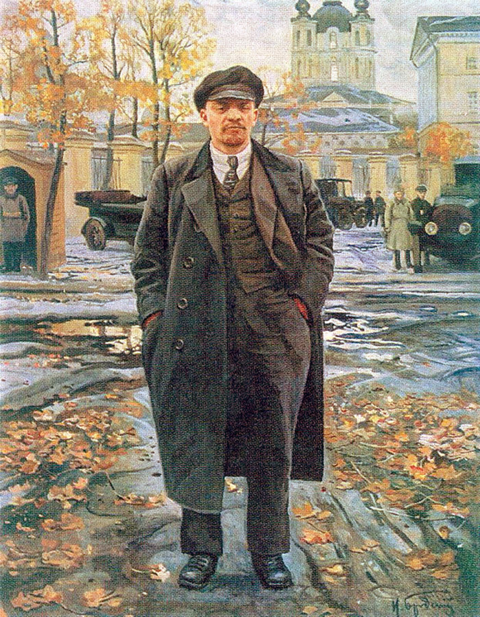 A painting of Lenin by Isaak Brodsky -  Lenin in front of Smolny .
