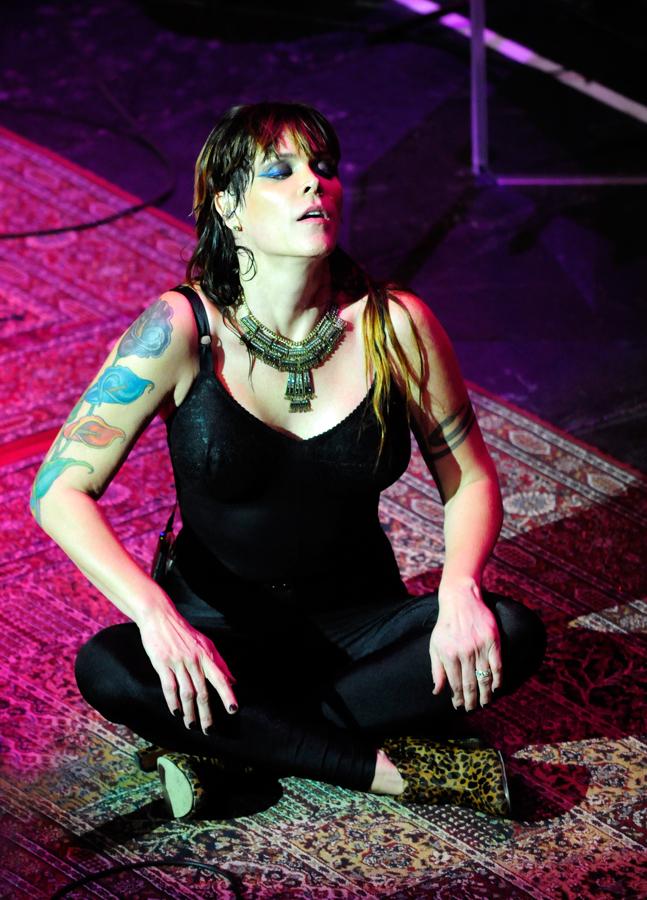 Beth Hart Paradiso 18-11-2012_DSC6345.jpg