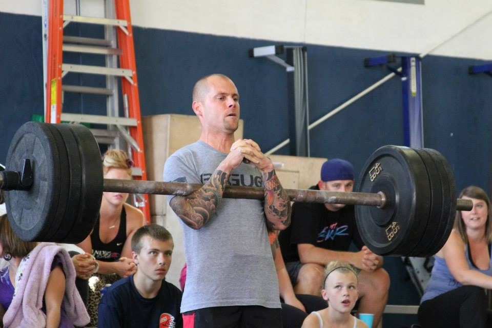 Ian competing at the Rainier Strongman Competition