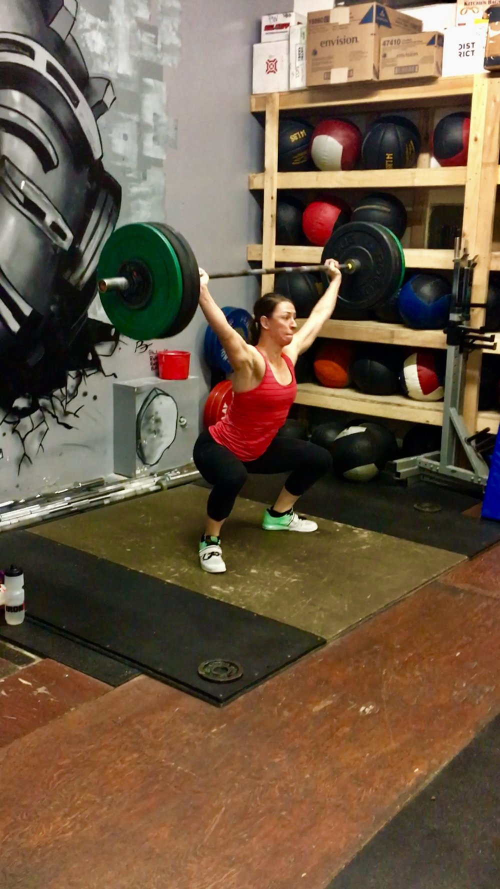 Julia hitting a Pr on her snatch