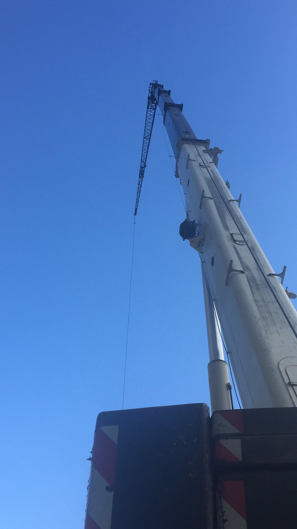millwright work done by a mobile crane