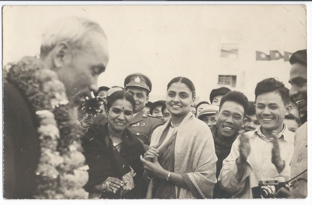 Davinder Randhawa after presenting Ho Chi Minh with flowers