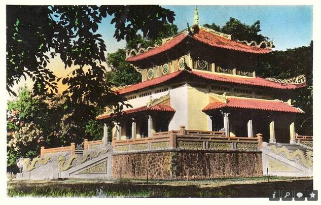 Pagoda, Saigon