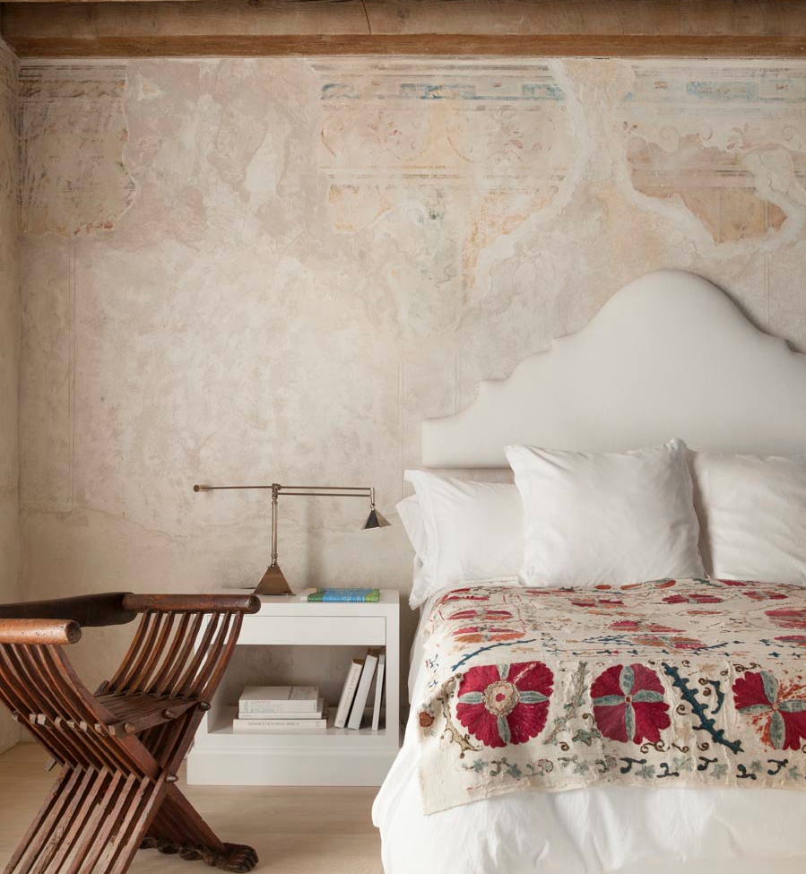 Shapiro Master Bedroom - Suzani
