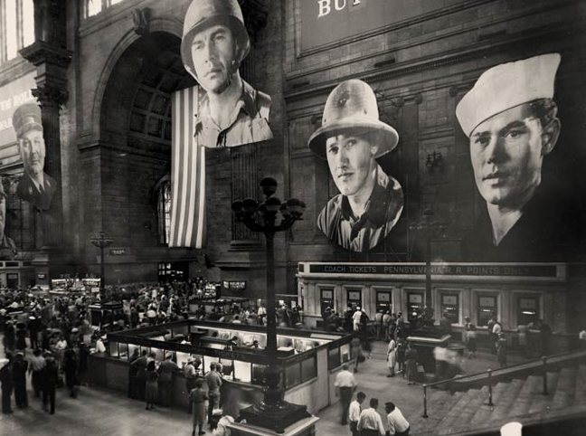 Photo via The Late Great Pennsylvania Station by Lorraine Diehl